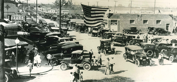 Red Car Opening 1924