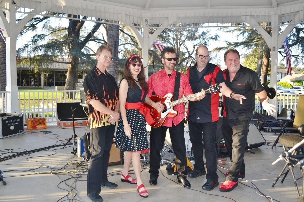 Sharon & the Chevelles, Aug. 10